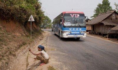 مقتل 13 سائحاً صينياً في لاوس