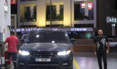 بالفيديو: نادر الأتات يرقص في محطة الوقود