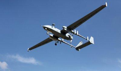 طائرة استطلاع تتسبب بحريق وانفجار أكثر من 15 لغماً