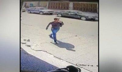 """فيديو يوثّق عملية سرقة في طرابلس """"بكل رواق"""""""