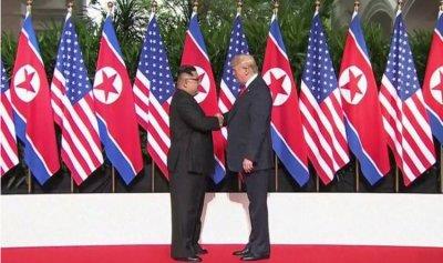  كوريا الشمالية تشيد باقتراح ترمب