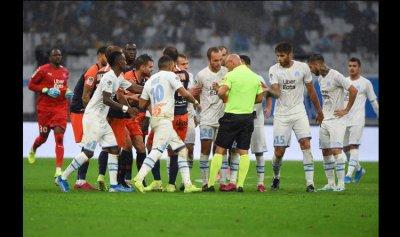 بالفيديو: تضارب بين لاعبين مرسيليا ومونبلييه