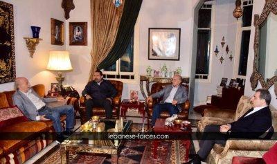 بالصور: التعيينات والموازنة على مائدة الحريري – جنبلاط في كليمنصو