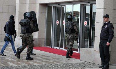 اعتقال 223 عسكري تركي للاشتباه في صلتهم بغولن