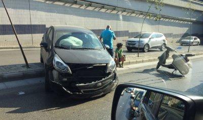 بالصورة: حادث سير على مستديرة العدلية