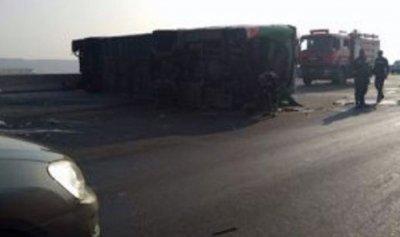 مقتل 5 وإصابة 60 بتصادم حافلتين في السويس بمصر