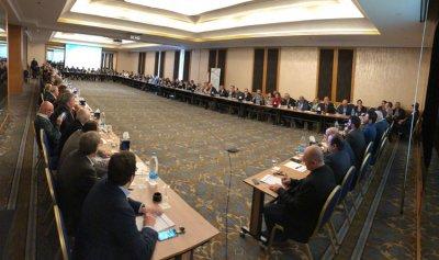 """""""منتدى بيروت"""": لتطبيق القرارات الدولية المتعلقة بلبنان والتزام الشرعية الدولية"""