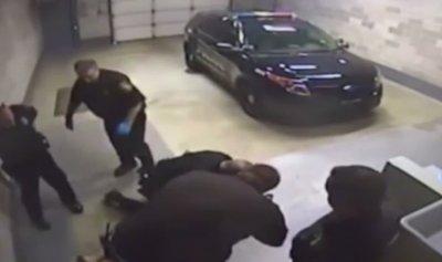 بالفيديو: اعتداء جماعي على شابة من قبل شرطيين أميركيين