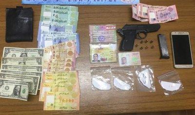 مطاردة وتوقيف في بيروت… وضبط أسلحة ومخدرات