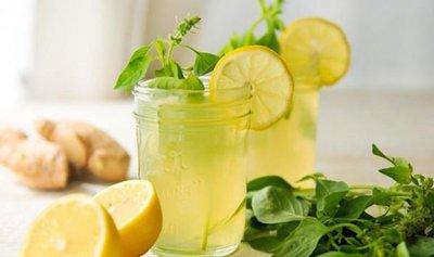 أعشاب تضيف نكهة رائعة للمشروبات