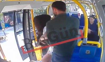 بالفيديو: إعتداء على شابة في إسطنبول بسبب سروال قصير