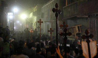 بالصور: مصر تودّع ضحايا اعتداء المنيا