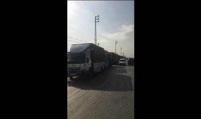 اعتصام لسائقي شاحنات النقل الصغيرة في العبدة