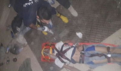 بالصور: عشريني يسقط داخل حفرة في أحد المنازل المهجورة في جبيل