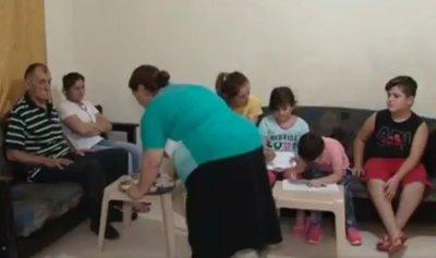 بالفيديو: عائلة كردية مسيحية وجدت في لبنان الأمان لكنها مازالت تحلم بالعودة للوطن