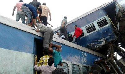 عشرات القتلى في حادث خروج قطار عن مساره في الهند