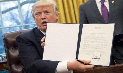 عهد ترامب استراتيجية القوة الأميركية.. التغيير في إيران والبقاء في سوريا وتهديد كوريا الشمالية
