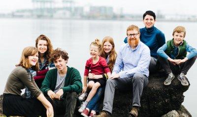 الأسر الكبيرة تحد من السرطان!