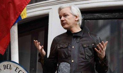 """تهم سرية ضد مؤسس """"ويكيليكس"""""""