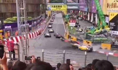 بالفيديو: سيارة فورمولا 3 تطير في الهواء