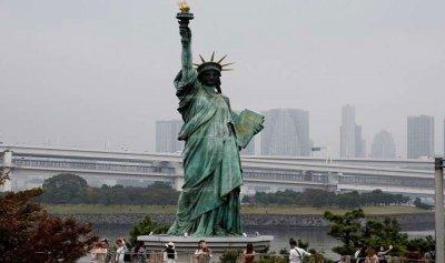 تمثال الحرية إلى موطنها الجديد!