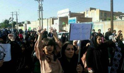 """الاحتجاجات في إيران تزيد و""""الشعب جائع"""""""