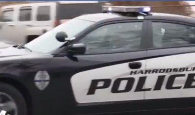 """بالفيديو: مداهمة للـ""""Christmas Cops"""""""