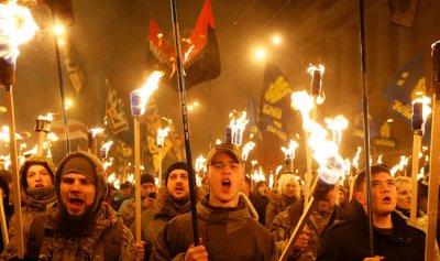 النازيون الجدد يهاجمون المركز الثقافي الروسي في كييف