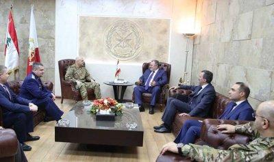 قائد الجيش عرض مع مسؤول روسي سبل التعاون العسكري