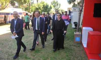 معرض الوظائف 2018 في جامعة الروح القدس