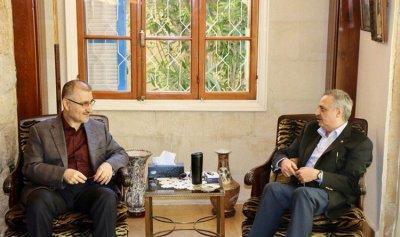 """إرسلان إلتقى وفدًا من """"حزب الله"""""""