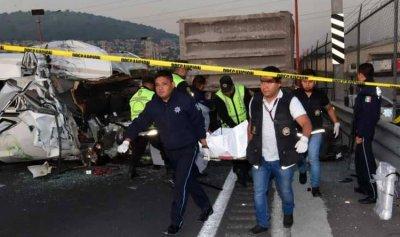 13 قتيلًا في حادث سير بالمكسيك