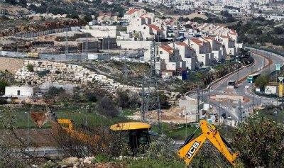 إسرائيل تواصل توسيع المستوطنات في الضفة الغربية