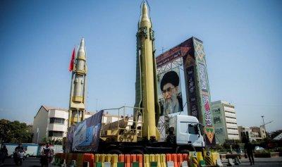 """""""المسيرة"""" – ترامب وإيران: دقّ النفير.. تصميم لا رجعة عنه في مواجهة الديكتاتورية الإيرانية ورعاية الإرهاب"""