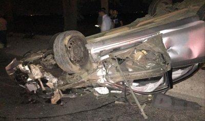 قتيلان وجريحان في حادث سير مروع على طريق عام عميق