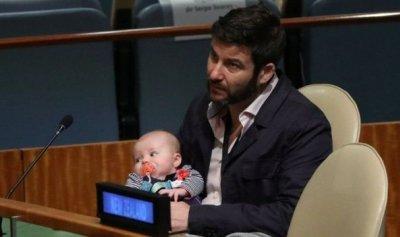 بالصور: رضيعة في الأمم المتحدة
