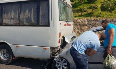 جريحتان بحادث سير في عمشيت