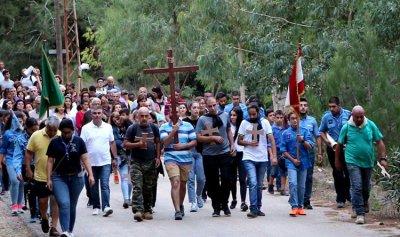 قداس ومسيرة صلاة في القبيات احتفالًا بعيد ارتفاع الصليب