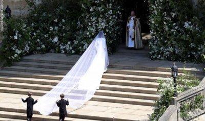 """ما هو """"الشيء"""" الذي ارتدته زوجة الأمير هاري يوم زفافها؟"""