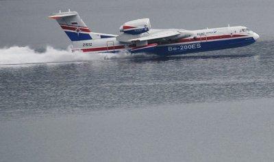 بالفيديو: أكبر طائرة في العالم تقلع من الماء!