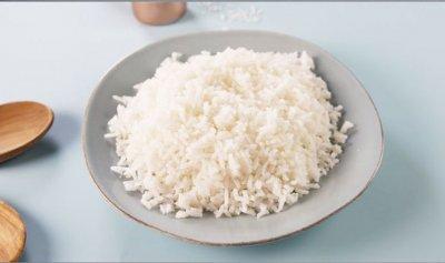 """ما هي """"الطريقة الصحية"""" لطهي الأرز؟"""