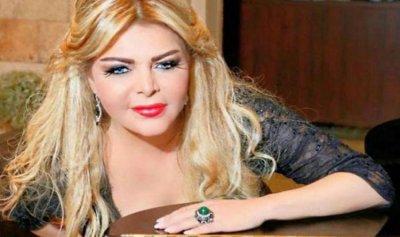 فلة الجزائرية: ترك سيمون أسمر أهم الفنانين في العالم العربي