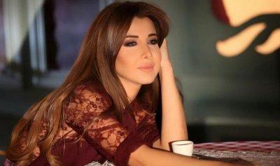بالصورة: زوج نانسي عجرم في موقف محرج!