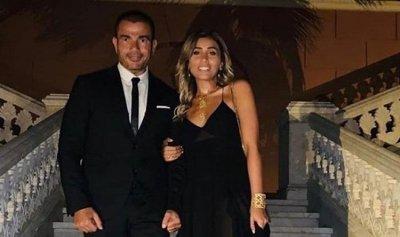 دينا الشربيني تغيب عن حفل عمرو دياب
