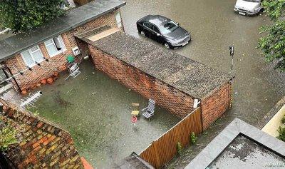 """بالصور: """"لندن تغرق""""وغير مستعدة لغضب الطبيعة"""