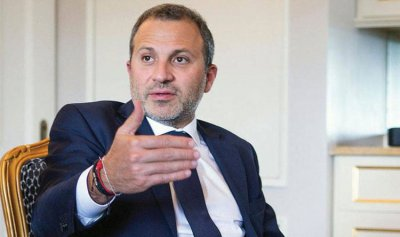 """باسيل يعتذر: لم نسمح بالفساد في """"الخارجية"""""""