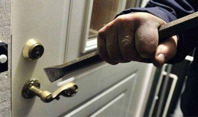 سرقة أسلحة صيد وذهب من منزل في مزرعة المطحنة بجزين