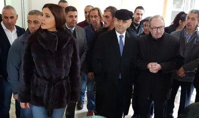 بالصور: حاصباني يتفقد بناء مستشفى بشري الحكومي الجديد