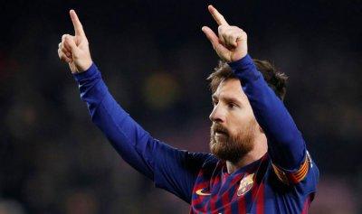 """ميسي """"للأبد"""" مع برشلونة"""