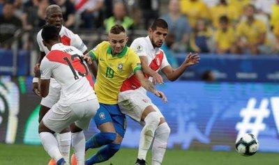 """البرازيل تسحق بيرو في """"كوبا أميركا"""""""